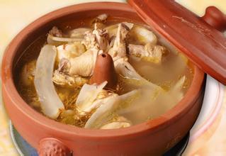 骨质疏松症喝三七鹌鹑汤